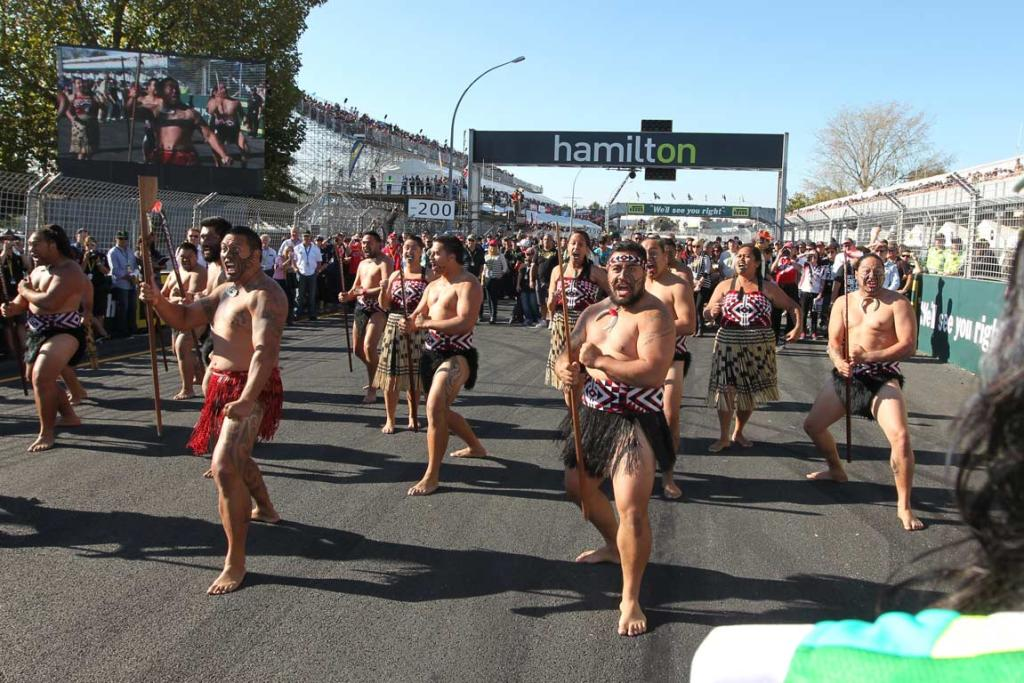 Maori perform a welcome before race two at the Hamilton 400.