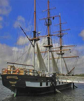 MIGRANT SHIP: The Dunbrody, a three-masted barque is a sea-going replica at New Ross of the original that carried thousands of Irish emigrants to North America from 1895 to 1879.