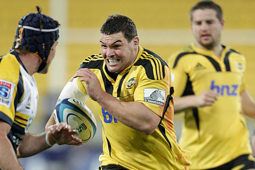 Ben May charges up field against the Brumbies at Westpac Stadium.