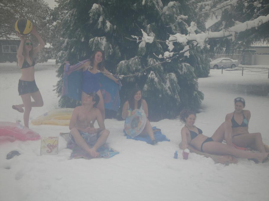 Nude pics in the snow