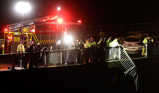 Emergency services on Hamilton's Pukete Bridge
