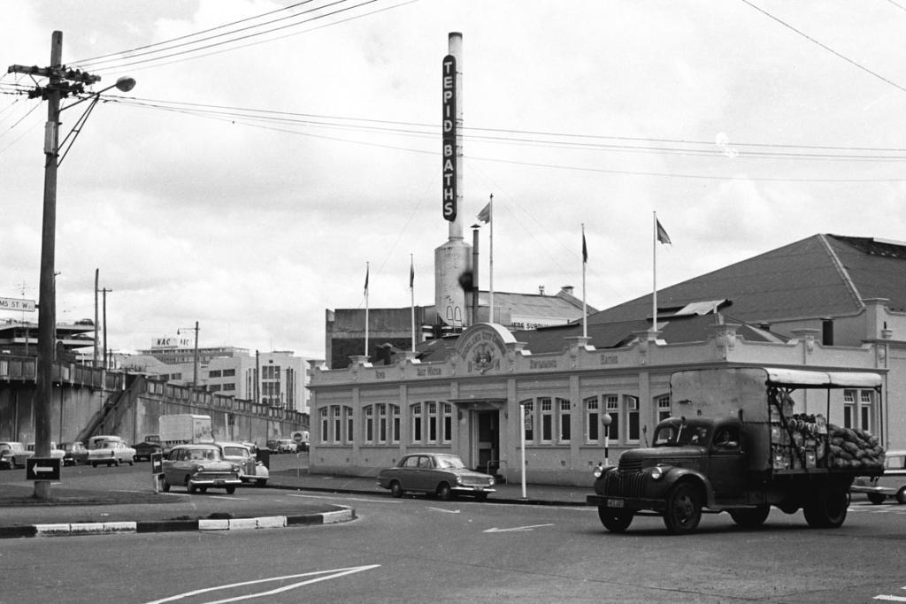 The outside of the Tepid Baths pre-motorway in the 1950s.