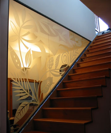 VISUAL IMPACT: A Basia Smolnicki sandblasted glass panel.