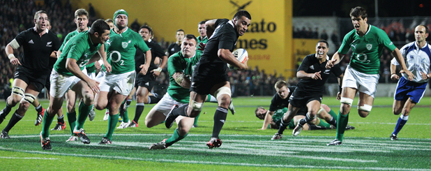 Cian Healy is not able to stop Liam Messam from scoring a try.