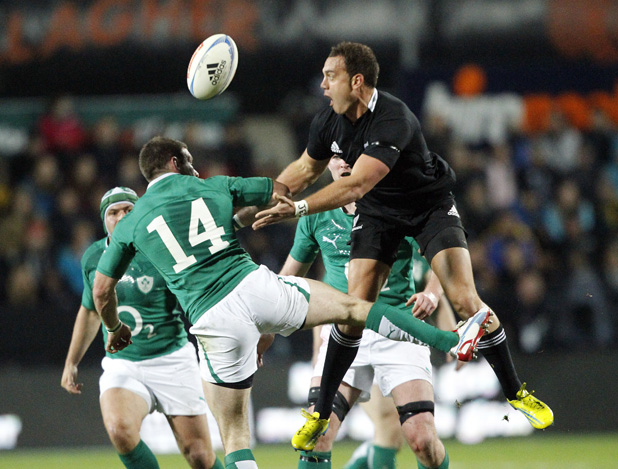 Israel Dagg misses the ball.