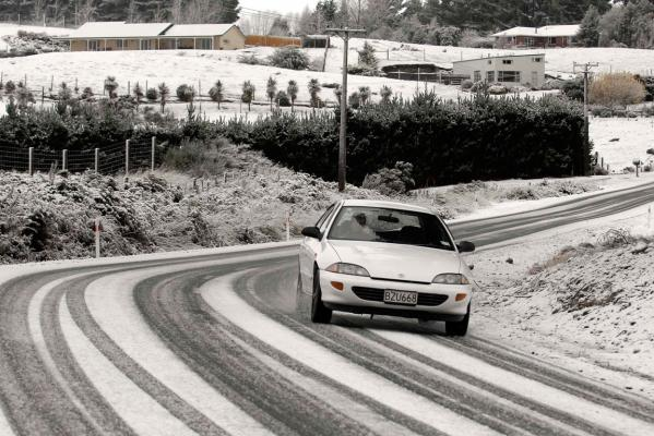Southerly Snow June 2012