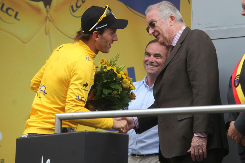 Fabian Cancellara, Bernard Hinault and King Albert of Belgium attend Tour de France second stage.