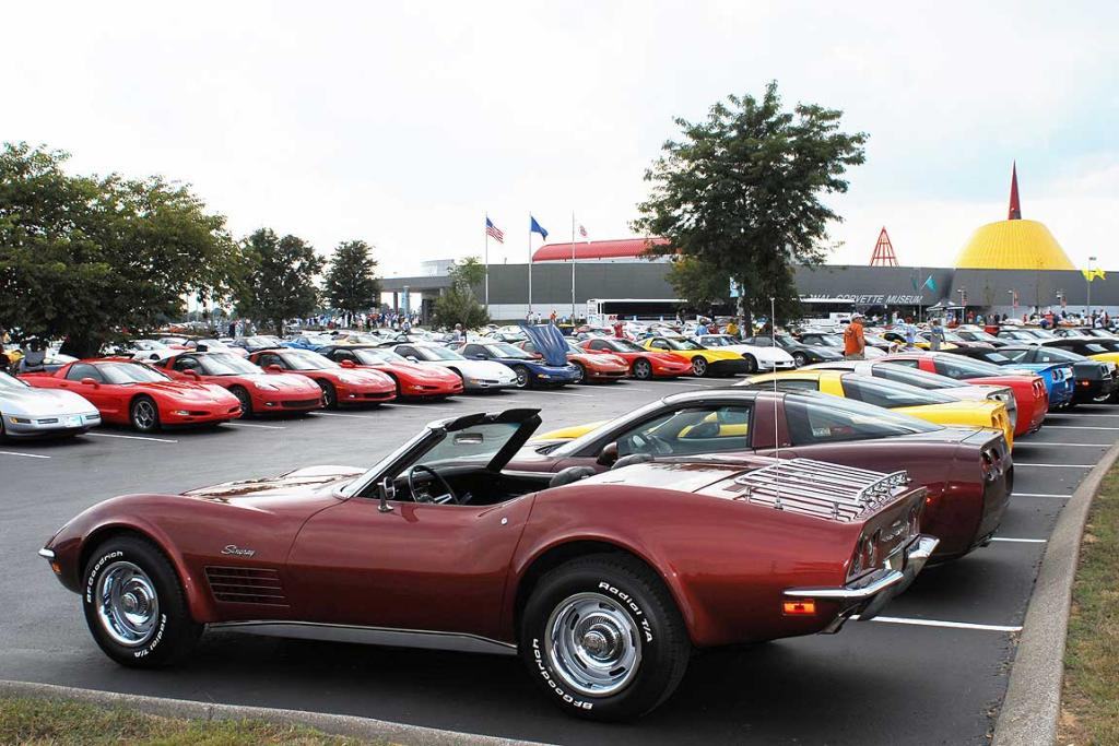 A beautiful early-70's Stingray in the parking lot outside the US National Corvette Museum in Kentucky.