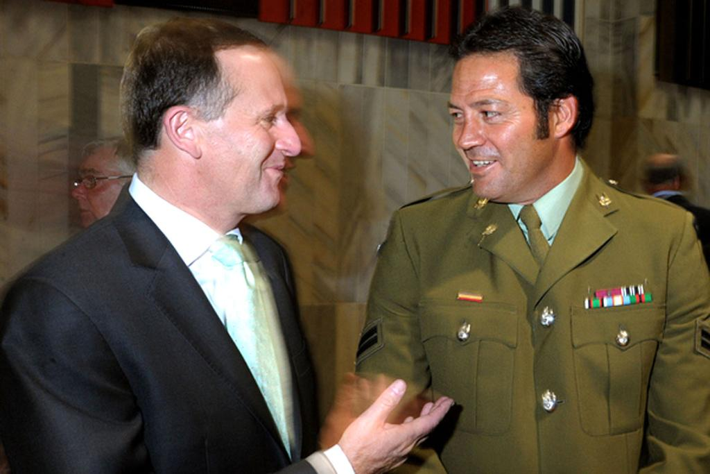 Willie Apiata chats with PM John Key.