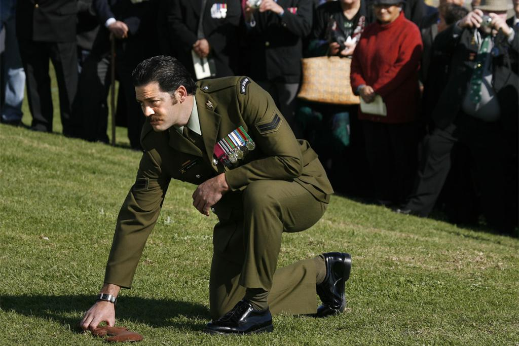 The homecoming of Victoria Cross winner Corporal Willie Apiata to Te Kaha Marae.