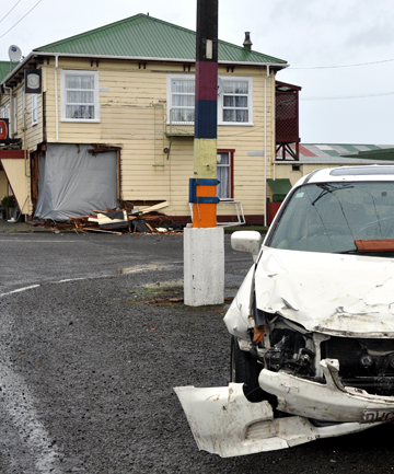 A car crashed through the Manutahi Hotel early this morning.