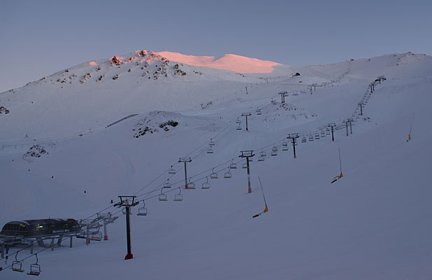 Mt Hutt dawn July 26