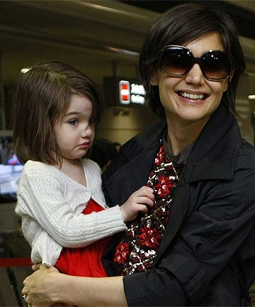 MINI FASHIONISTA: Suri Cruise shares Katie Holmes' passion for fashion and  reportedly helps her mother choose shoes.