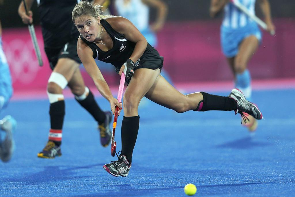 New Zealand's Gemma Flynn goes for goal against Argentina at the London Olympics.