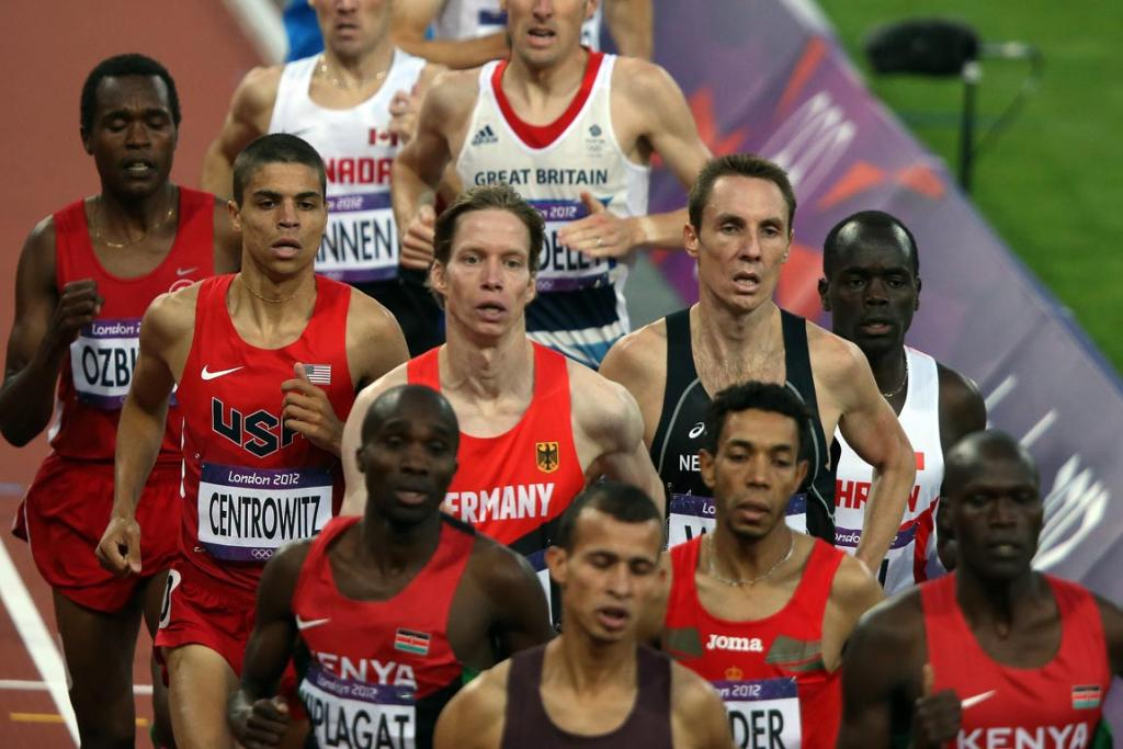 New Zealand runner Nick Willis in the pack during the a men's 1500m semifinal at the 2012 London Olympic Games.