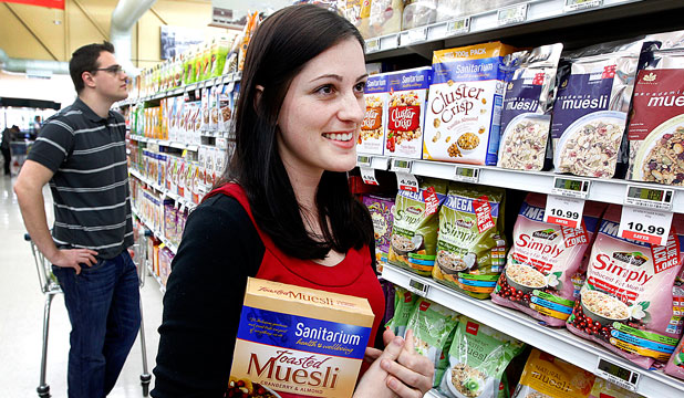 Winston and Sandra Muller out shopping for muesli.