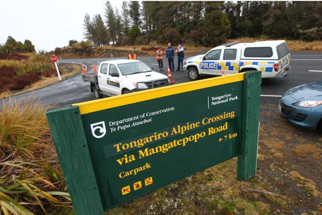 Tongariro Crossing closed - Volcano eruption