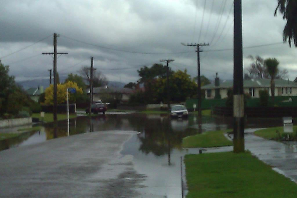 Surface flooding on Kettle Ave/Firth Place in Awapuni at 1.25pm today.