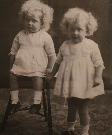 IDENTICAL: Helen and Edna Yates when they were 3 years old.