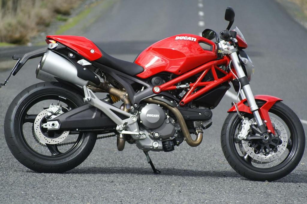 DUCATI MONSTER 659 LAMS ABS: We're not kidding, this is a learner bike.
