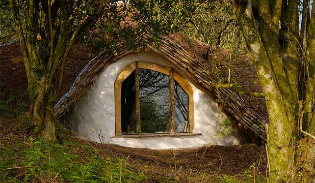 HOBBIT-HOME: Building your own house is a lot of fun and allows you to create and enjoy something which becomes a part of yourself, Simon Dale explains.
