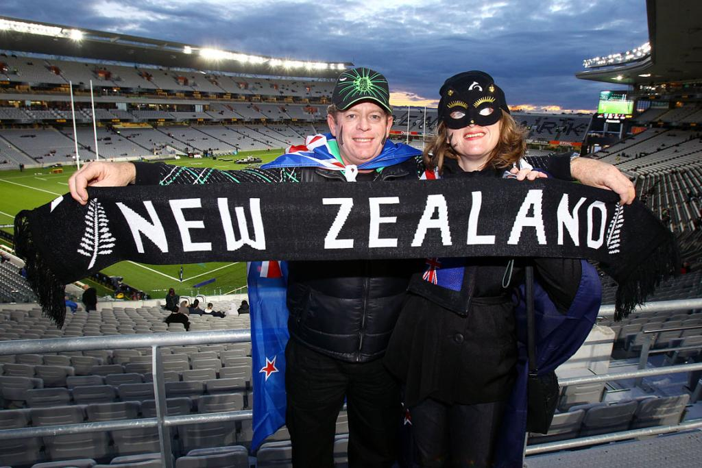 All Blacks fans eagerly anticipate the start of the game.