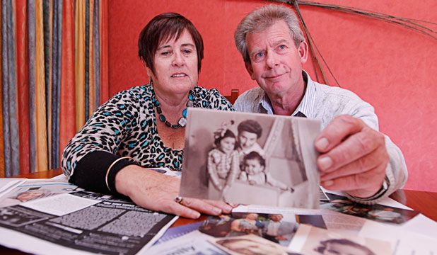 Marcel and Gloria Hakken will accept an Israeli award being given to his parents for hiding a Jewish child in World War II.  His parents' names will be immortalised on the wall of a Holocaust memorial in Jerusalem.