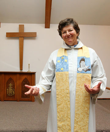 Anglican minister Val Riches says she hopes her church will perform same-sex marriages if they are made legal.