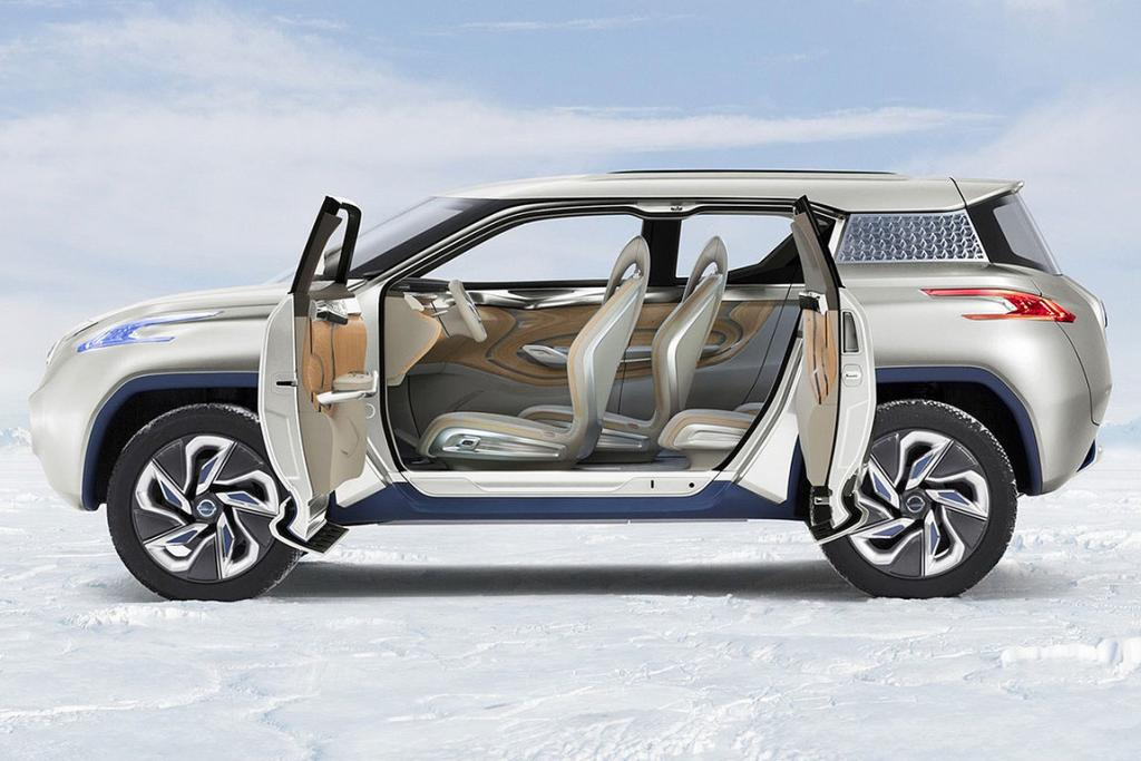 Nissan's fuel-cell SUV, the Terra Concept.