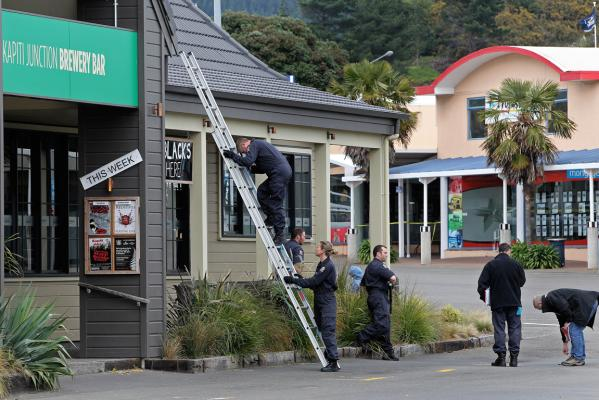Kapiti fight death