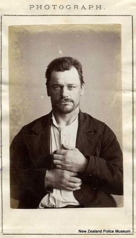 Douglas Hampton, alias Hamilton/Walter Johnston (b. 1860, England). Charged with false pretences and sentenced to 12 months in gaol on June 8, 1885.