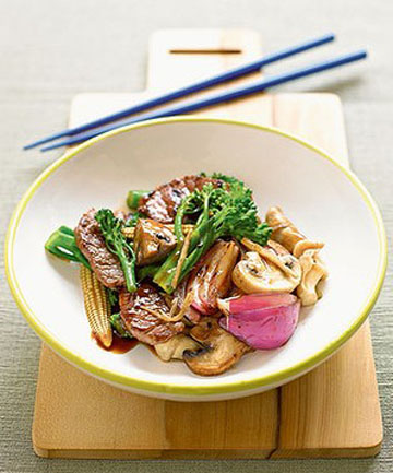 DINNER IN A FLASH: Beef and oyster sauce stir-fry.
