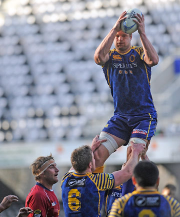 ON A HIGH: Otago lock Rob Verbakel climbs high for a lineout take during their 39-12 victory over Tasman at Forsyth Barr Stadium.