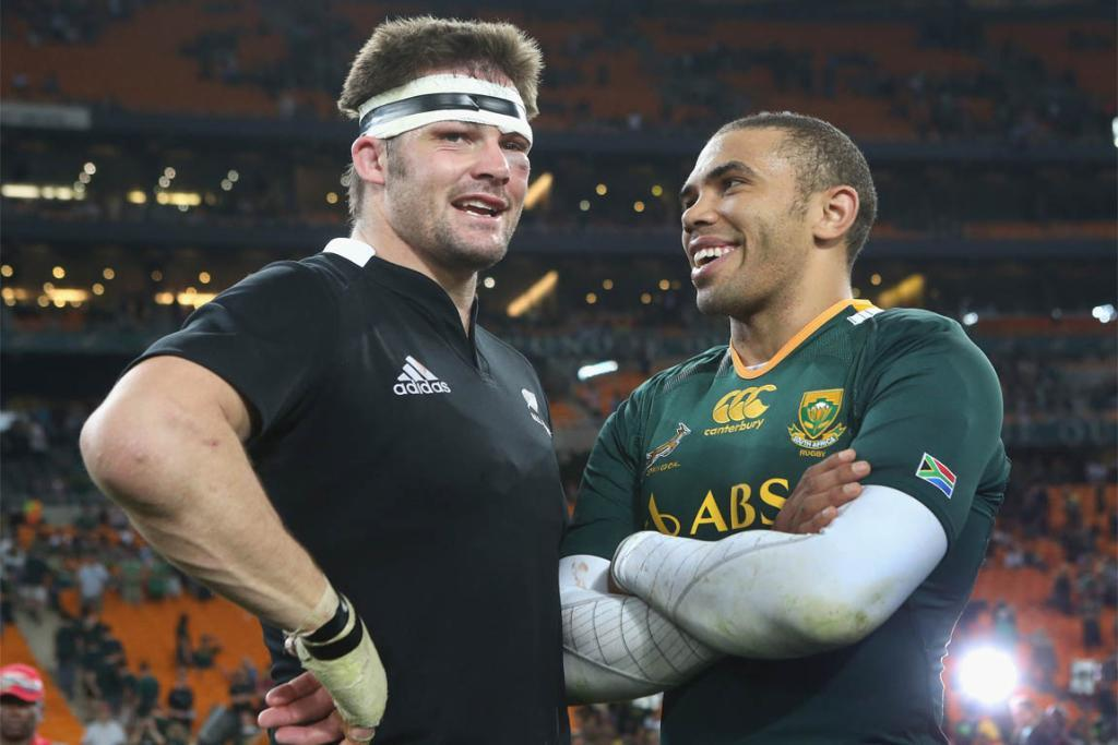 Richie McCaw and Bryan Habana share a laugh after their most recent Rugby Championship game.