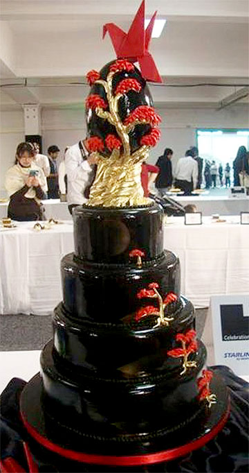 SHINING EXAMPLE: This cake by Felicity Craft won bronze at the New Zealand Culinary Fare.