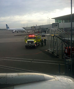 Jetstar in emergency landing