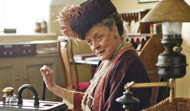 downtown abbey maggie smith dowager