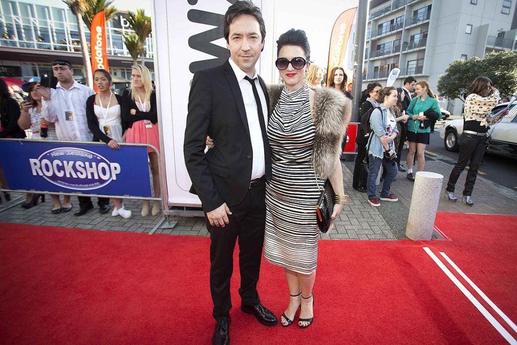 Jon Toogood and Julia Deans on the red carpet at the 2012 New Zealand Music Awards.