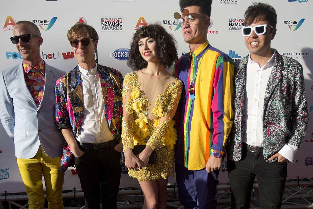 Kimbra and her crew on the red carpet at the 2012 New Zealand Music Awards.