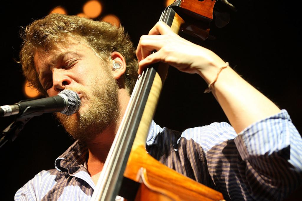 Ted Dwane, of Mumford & Sons, rocks out in Auckland.