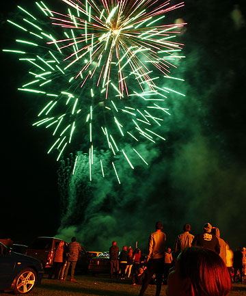 CRACKER: After the fireworks were  cancelled on Saturday due to predicted bad weather, more than 3000 people filled the Morrinsville Recreation Grounds last night for the Price WaterHouse Cooper Fireworks Extravaganza.