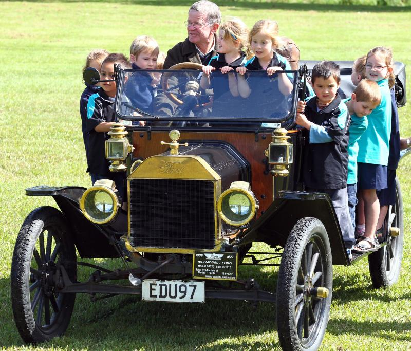 Wellington to Auckland Model T Ford centenary re-enactment  rally.