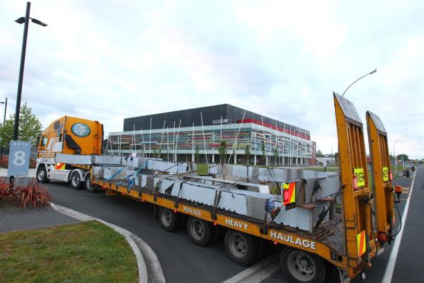 Sculpture arrives at Claudelands Event Centre
