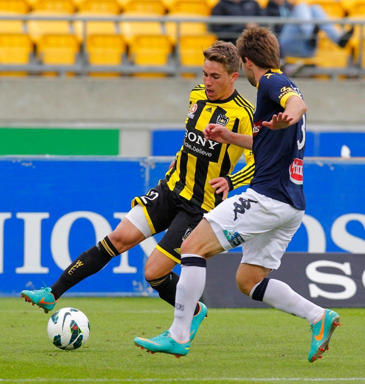 Wellington Phoenix's Tyler Boyd and Central Coast Mariners' Joshua Rose.