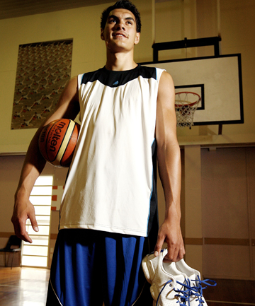 CLIMBING HIGH: Steve Adams' basketball prospects keep getting better.
