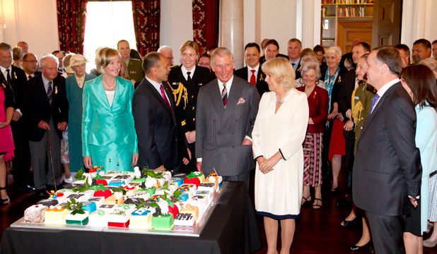 Prince Charles chats to guests at a Birthday bash in Wellington