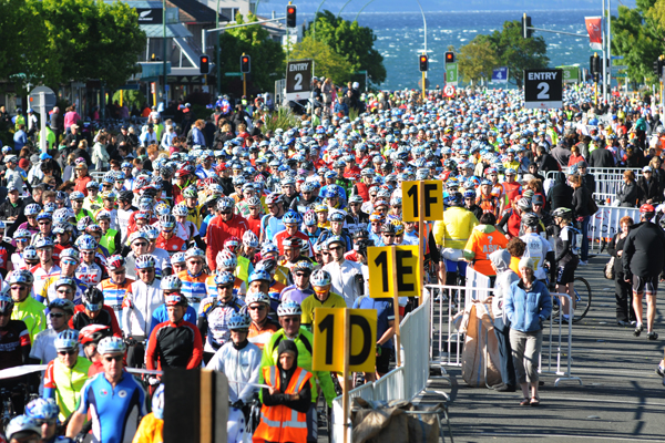 Taupo cycle race
