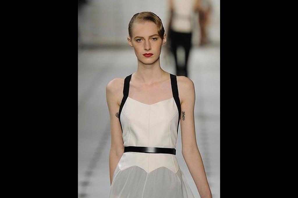Channeling old Hollywood glamour aka the models at Jason Wu this year is a lovely idea for a modern vintage wedding.