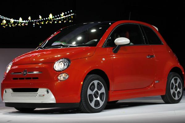 The Fiat 500e electric car is pictured at the 2012 Los Angeles Auto Show in Los Angeles.