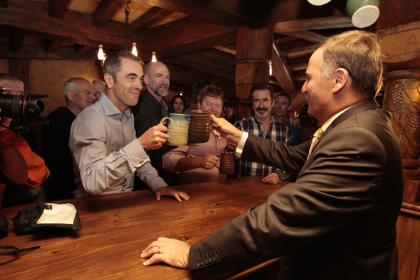 Prime Minister John Key supplied a beverage for the Hobbit cast members including Northern Irish actor James Nesbitt.